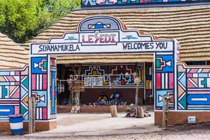 LionPark & Lesedi Cultural village