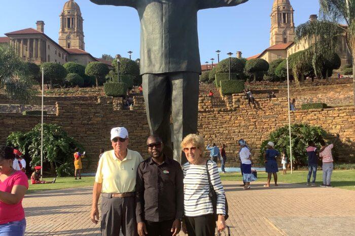Nelson Mandela Foot – Steps Tour